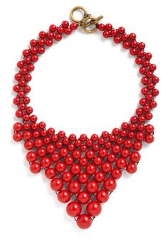 Bead My Baby necklace from Modcloth. I love this look--it's bold, but doesn't look like it would weigh down an outfit. #lulusholiday