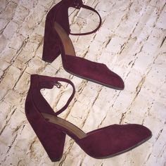 Cute burgundy heels NWOT suede burgundy heels, 3 inch heel perfect for work and play . Old Navy Shoes Heels