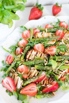 Caprese Salad, Pasta Salad, Soup And Salad, Feta, Food Porn, Parsa, Mozzarella, Tuli, Ethnic Recipes