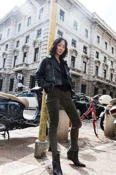 Good leather, like these numbers from Calvin Klein Jeans, is like performance arts. It plants balls in your hipster panties, and gives moves like Jagger. Moves Like Jagger, Winter Looks, Fall Winter, Cast Off, Autumn Fashion, Fashion Fashion, Calvin Klein Jeans, Celebrity News, Hipster