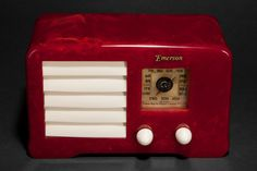 Emerson AX-235 Catalin 'Little Miracle' 1938 Art Deco Radio in Oxblood Red (RA372)