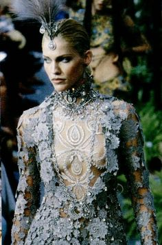 somethingvain:    Christian Dior Haute Couture F/W 1997