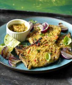 Vepřová kotleta patří mezi velmi oblíbené kusy masa. Salmon Burgers, Chicken, Meat, Ethnic Recipes, Salmon Patties, Cubs, Kai