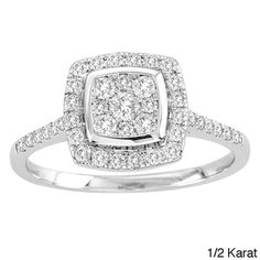 The squared shape of this diamond ring gives it a modern feel.