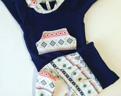 Baby girl clothes / baby outfit / take home outfit by BornApparel