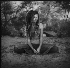 people with dreads Dread Hairstyles, Cute Hairstyles, White Dreads, Medium Format Photography, Dread Braids, Natural Dreads, Dreads Girl, Hippie Lifestyle, Beautiful Soul