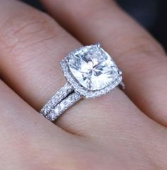 2-28-Ct-Cushion-Cut-Diamond-Halo-Engagement-Ring-Band-Set-G-VS1-GIA-14K