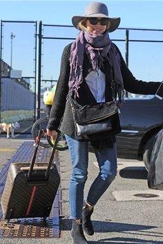 naomi watts porte le sac 'mayfair' de gérard darel
