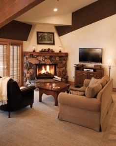 Large suites have separate living rooms, kitchens, fireplaces and wide mountain views. #Jetsetter  http://www.jetsetter.com/hotels/utah/park-city/555/stein-eriksen-lodge?nm=collection=2