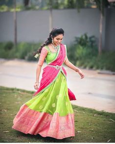 How beautiful 💖 Photo by Half Saree Lehenga, Saree Gown, Kids Lehenga, Lehnga Dress, Lehenga Style, Banarasi Lehenga, Indian Bridal Sarees, Bridal Silk Saree, Designer Bridal Lehenga