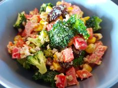 4 servings; 15 min preparation; no cooking time. Holidays are always a good time to share with your families, but sometimes we enjoy way too much all the delicious meals and treats. I wanted to bri…