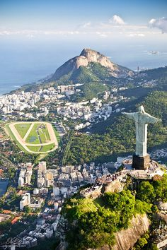 Christ the Redeemer blessing the city
