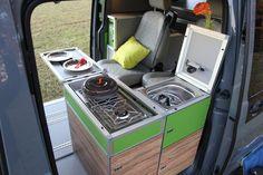 """Der Reisemobil-Spezialist TERRACAMPER zeigt auf der Urlaubsmesse """"CMT"""" in Stuttgart vom 12. bis 20. Januar 2013 einen neuen Ausbau für den VW Bus: Den kompakten TECAMP."""