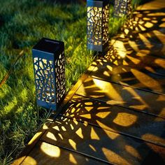 Description:Create a comfortable and inviting look for your backyard! This Solar Powered Vintage Garden Lamp is easy to stick on your lawn and super low-maintenance, lighting up automatically when darkness falls. It will cast a soft ligh.