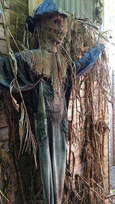 scarecrow (Aaron Caza)