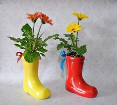 Rain boots Ceramic Flower Pots Made to Order by Msapple on Etsy 3rd Birthday Parties, Pig Birthday, Ceramic Flower Pots, Pig Party, Peppa Pig, Outdoor Projects, Event Planning, First Birthdays, Rain Boots