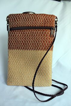 Handwoven Small Purse by Ommazinglife on Etsy