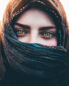 63 New Ideas Photography Portrait Ideas Projects Eyes Gorgeous Eyes, Pretty Eyes, Cool Eyes, Amazing Eyes, Beautiful Hijab, Beautiful Eyes Images, Pretty People, Beautiful People, Eye Photography
