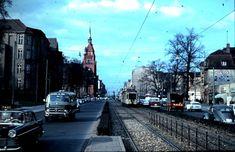 1963 Die Schlossstrasse aus Richtung Zehlendorf nach Steglitz.Rechter Hand steht jetzt der Steglitzer Kreisel...