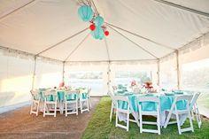 décoration de mariage thème bleu et rouge