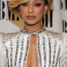 Keri Hilson Hair Pictures Gallery: The Honey Bouffant