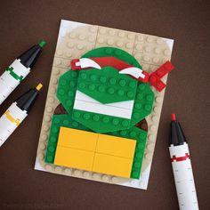 Retrato de tortuga ninja hecho con LEGO.