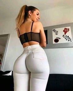Superenge Jeans, Sexy Jeans, Female Images, Girls Jeans, Tights, Style, Bombshells, Voluptuous Women, Cross Training