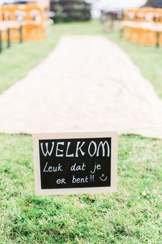 Zeg het met bordjes op je bruiloft | ThePerfectWedding.nl
