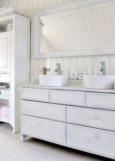 bath two sinks