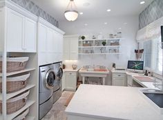 45 Rustic Farmhouse Laundry Room Design Ideas and Makeover - Best Home Decorating Ideas Laundry Craft Rooms, Mudroom Laundry Room, Farmhouse Laundry Room, Small Laundry Rooms, Laundry Room Organization, Laundry Room Storage, Laundry Room Design, Laundry Baskets, Mud Rooms