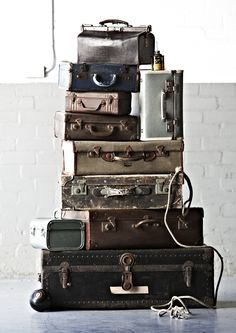 Beautiful vintage suit cases, the perfect wedding styling props
