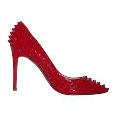 9f7d3ecca8a9 depot vente de luxe en ligne christian louboutin escarpins pigalle spikes  en cuir verni rouge -