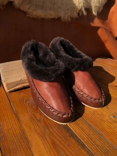 a7d9be2be6af Sheepskin slippers Mens slippers Fur slippers Leather slippers Warm  slippers Full length fur Unisex slippers Womens slippers House shoes 39