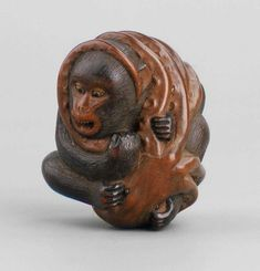 https://printsofjapan.wordpress.com/2013/06/24/not-quite-the-zodiac-part-six-the-monkey-saru-猿/