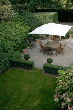 Tailored Garden Courtyard