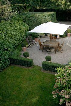 Tailored Garden Courtyard on Lake Geneva by Cristiana Ruspa
