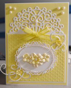 Réalisez vous-même vos cartes : http://www.avecpassion.fr/266-papiers-decoratifs-faire-part-loisirs-creatifs