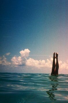 every time that i go swimming i start doing handstands in the water and all people see is my toes sticking out of the water. lol