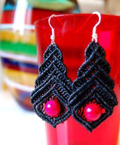 Black Magenta Earrings / Triangle Geometric by UtilartMacrame