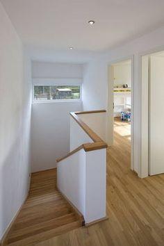 Farbgestaltung treppenhaus einfamilienhaus  Massiv, Landhaus, Holz, weiss | Stairway to heaven | Pinterest ...