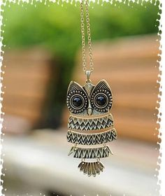 Cheap Retro Cute Owl Sweater Necklace For Big Sale!Retro Cute Owl Sweater Necklace can go with any sweater or cardigans. It is perfect gift for her in winter Owl Jewelry, Cute Jewelry, Jewelery, Vintage Jewelry, Jewelry Accessories, Fashion Accessories, Handmade Jewelry, Cheap Jewelry, Jewelry Shop