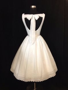 Wedding Dress Tea Length SWEET SUMMERTIME by FrenchKnotCouture I seriously think I found my dress. I love this