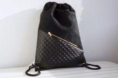 Gym+Bag+Black+Leather+Mix+with+zipper+pocket+von+NOAS_Berlin+auf+DaWanda.com