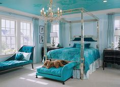 50 Blue Master Bedroom Ideas (Photos) - This eclectic master bedroom makes the chandelier and four poster bed frame sparkle against the blu - Teal Bedroom Designs, Turquoise Bedroom Decor, Bedroom Turquoise, Bedroom Colors, Bedroom Ideas, Bed Ideas, Bedroom Styles, Blue Master Bedroom, Silver Bedroom