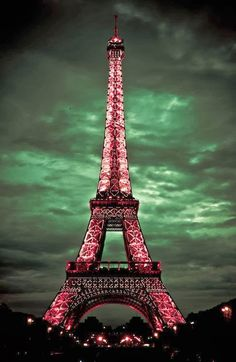 Mom love Paris & Eiffel tower the most....me too.. Stunning Picz: Pink Lady, Paris, France