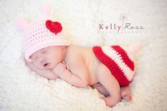 Crocheted Valentine Love Bug Tush Topper and Hat Photo Prop. $20.00, via Etsy.