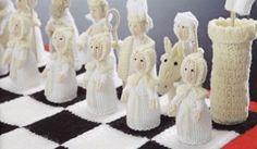 Medieval-Chess-Set-Alan-Dart-Knitting-Pattern-Booklet-King-Queen-Rooks-Pawns