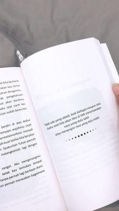 Quotes indonesia novel 40 Ideas for 2019 Quotes Rindu, Quotes From Novels, Story Quotes, Tumblr Quotes, Text Quotes, People Quotes, Mood Quotes, Daily Quotes, Quotes Romantis