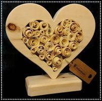 Zirbenholz Herz mit Zirbenrosen zum Muttertag oder für Verliebte