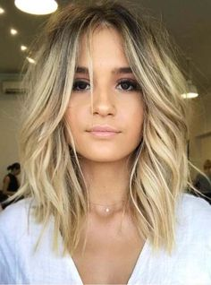 New Hair Bob Hairstyles Lob Haircut Ideas Lob Haircut 2018, Haircut Bob, Lob Haircut Round Face, Haircut Short, Longer Lob Haircut, Haircut Styles, Lobb Haircut, Long Angled Haircut, Angeled Bob Haircut